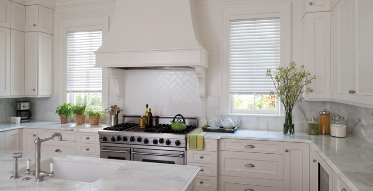 Detroit kitchen white blinds
