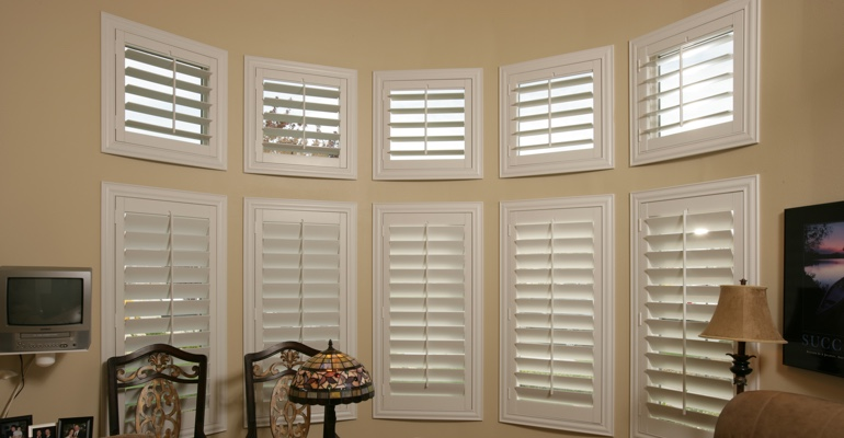 Bay window shutters Detroit home office